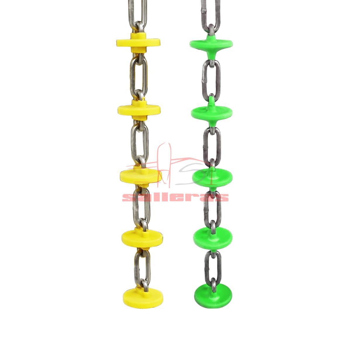 Dos cadenas de arrastre de color verde y amarillo