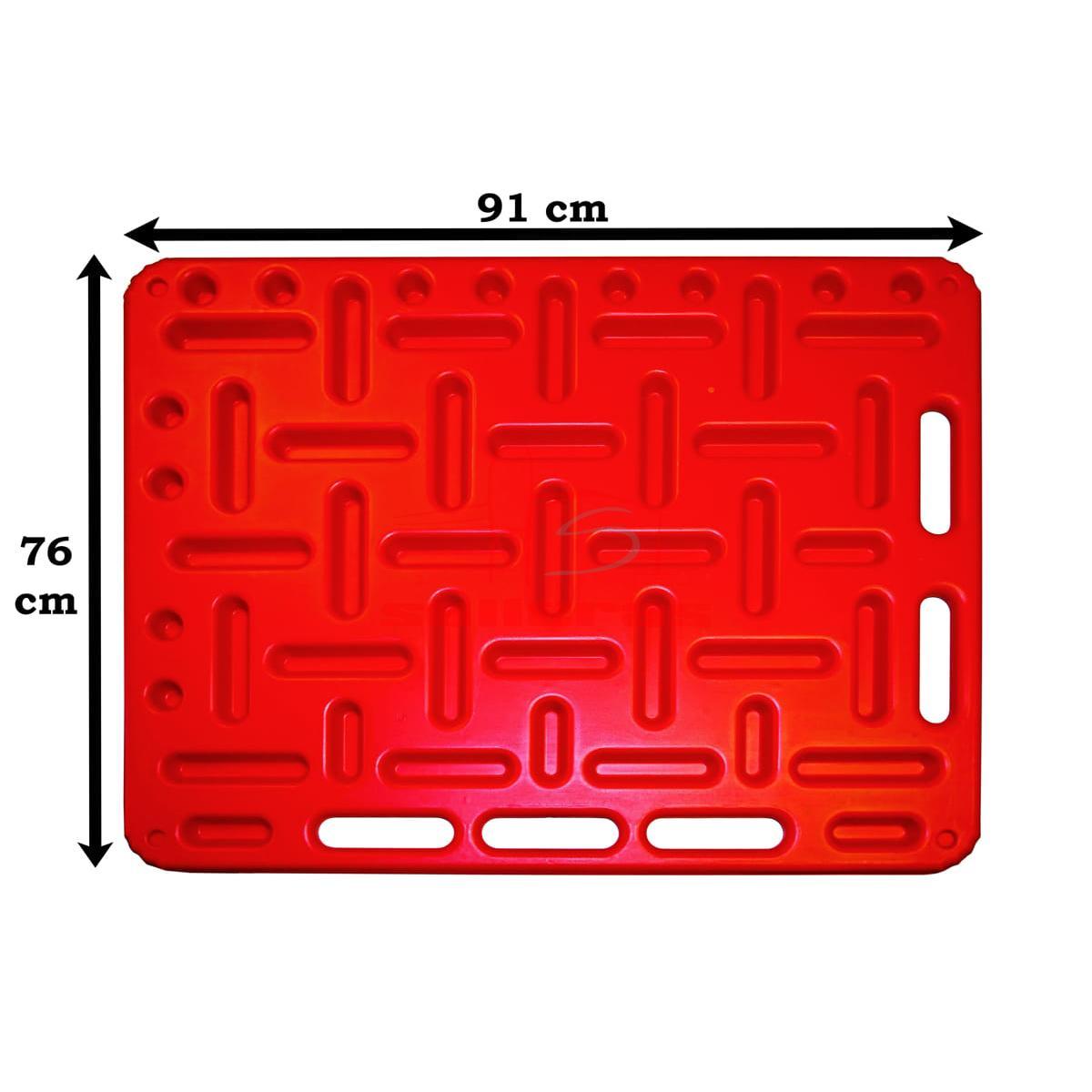 Dos paneles rojos para empujar ganado