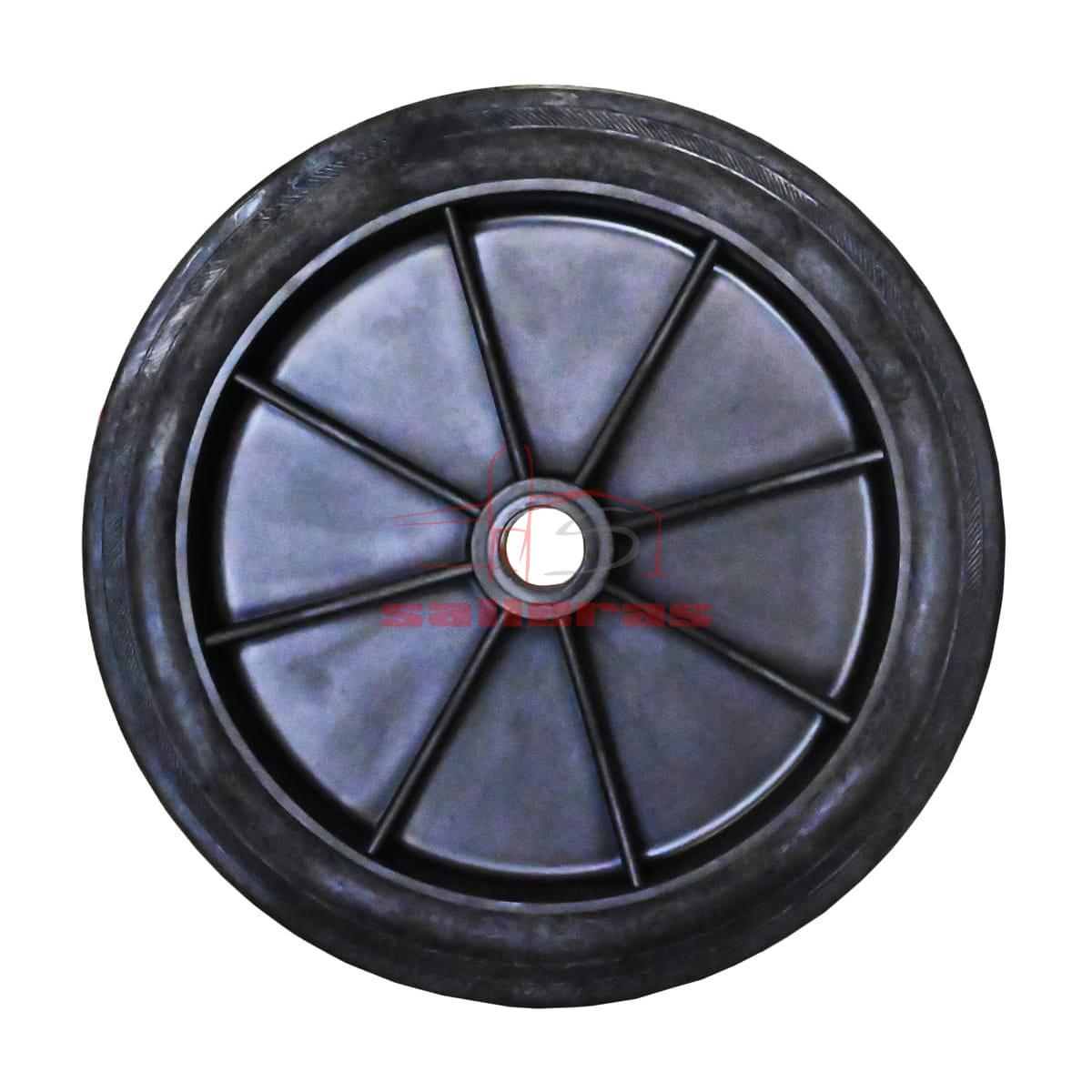 Dos ruedas negras de goma
